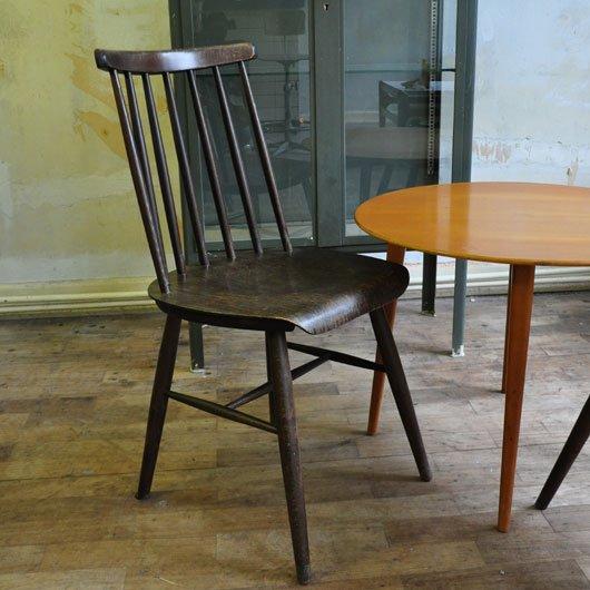 Vb41 spijlenstoelen uit de jaren 60 tapiovaara nesto for Jaren 60 meubelen