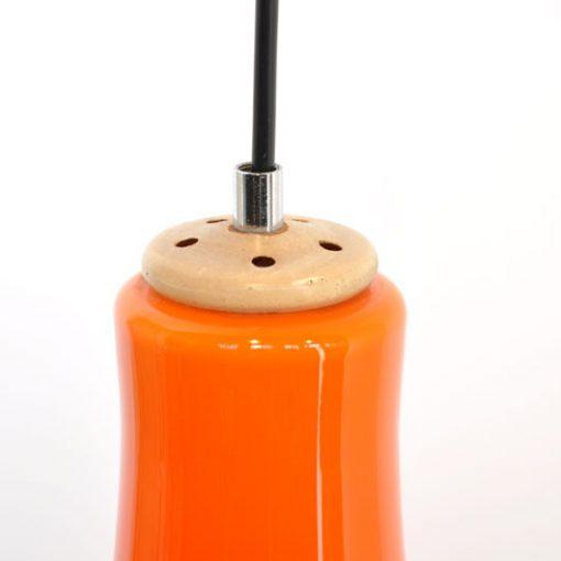 VL04. Oranje hanglamp jaren 70