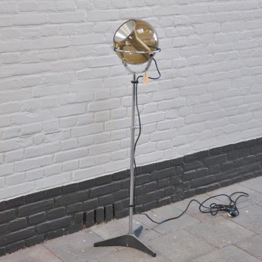 XB12. Raak- Frank Ligtelijn- Globe VERKOCHT