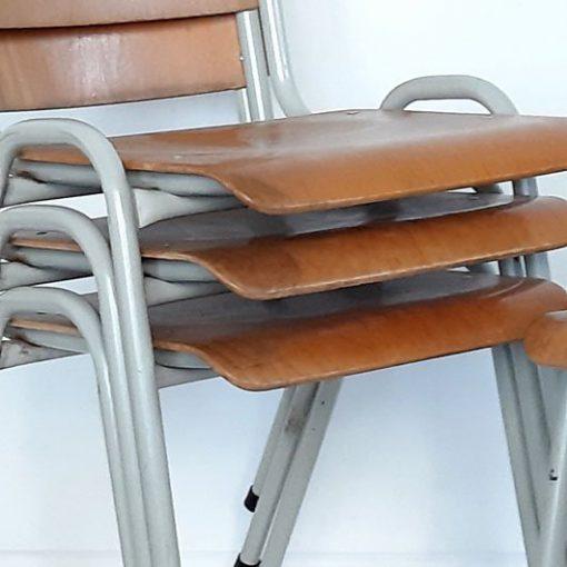 SL25 - Oude Schoolstoelen VERKOCHT