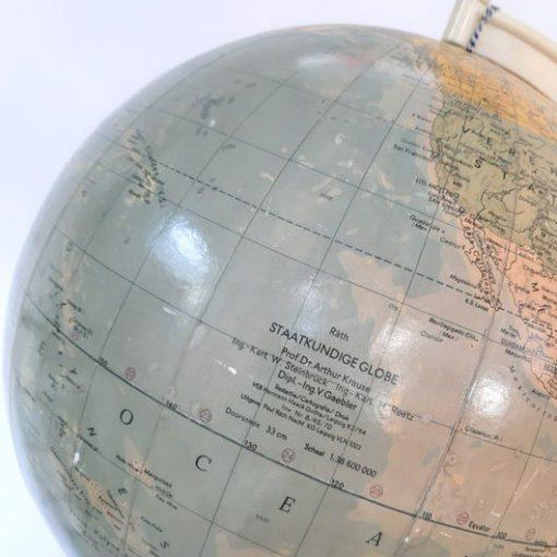 SG32 - Globe - Wereldbol - Jaren 60