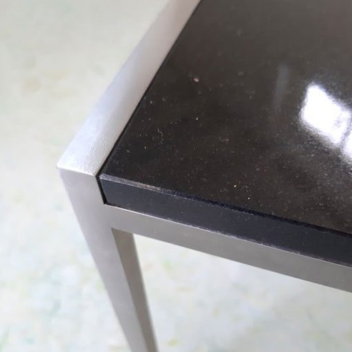 RM38a - Bijzettafel -RVS - graniet - 80's