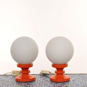TC41 – Oranje tafellampen