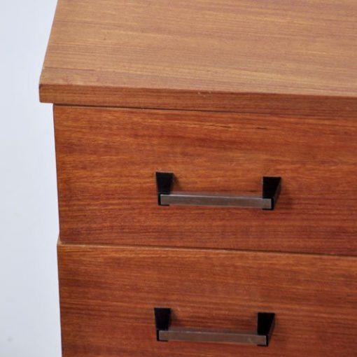 TN43 - Ladenkast - Sideboard jaren 60 VERKOCHT