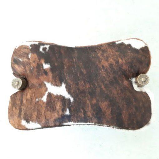 RM43 - Zadelkrukje -Vintage kamelenzadel van koeienhuid