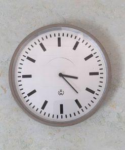 SG44 - Wand Klok - PTT