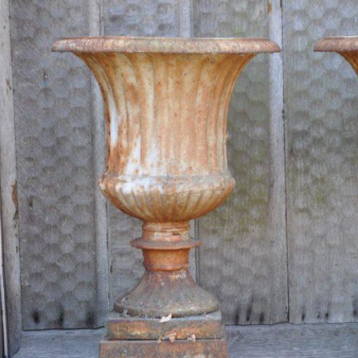 RK44 - Antieke Franse gietijzeren Tuinvazen -VERKOCHT