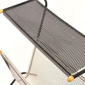 WB47- Jaren 50 bijzet tafeltje met lectuurbak VERKOCHT
