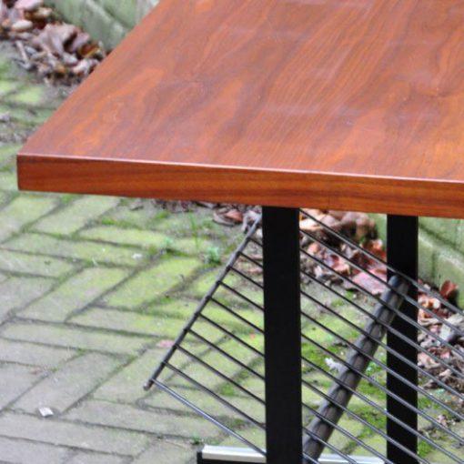 SN48 - TV- tafel- Tijdschriften -Tafel- jaren 60