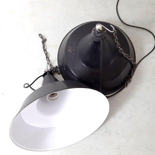 RH49 - Industriële verlichting - 2 hanglampen