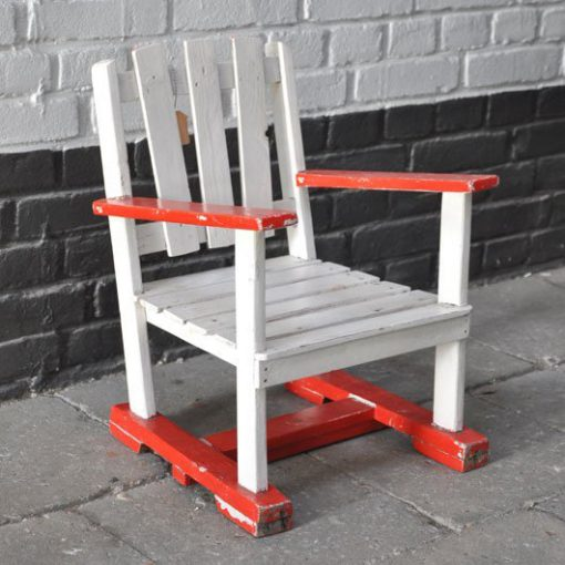 XA49. Kinderstoeltje- 1950