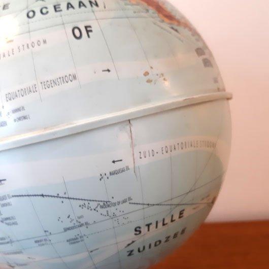 SK50 - Globe -Jaren 60 - Kunststof -VERKOCHT