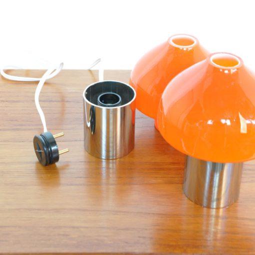 VK50- Oranje tafellampen 1970