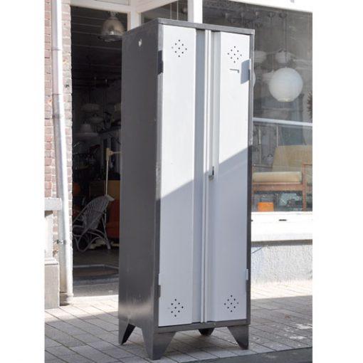 XB53. Vintage Locker - Prijs per stuk